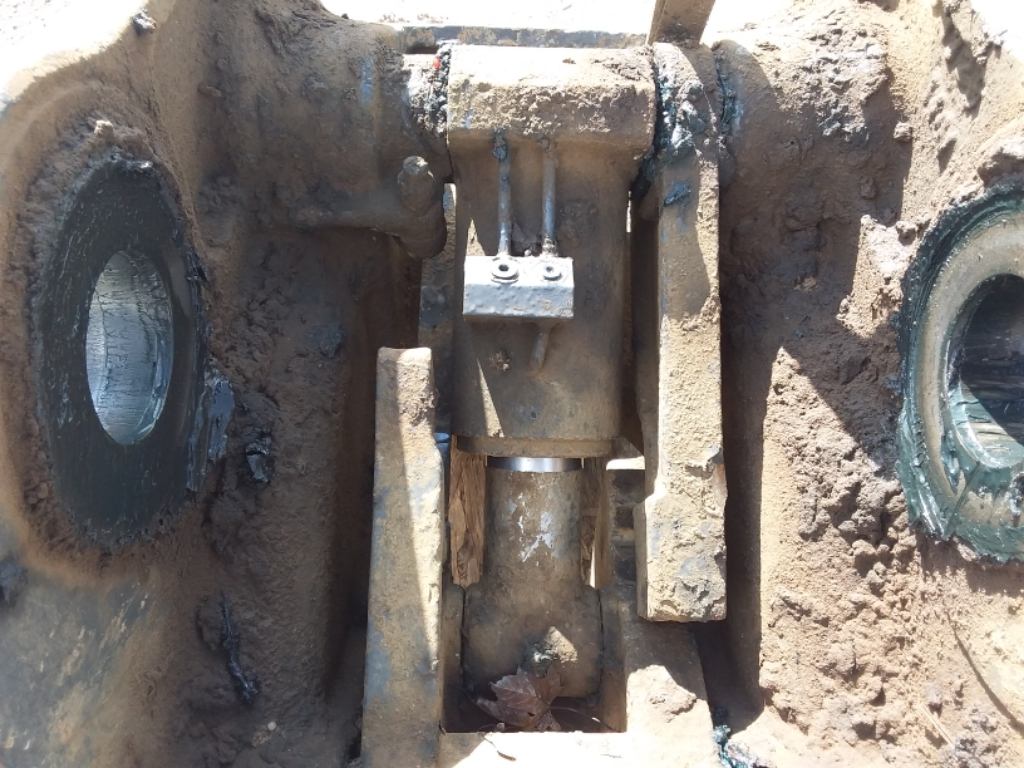 2014 JRB ZX250  Hydraulic Coupler Image 10